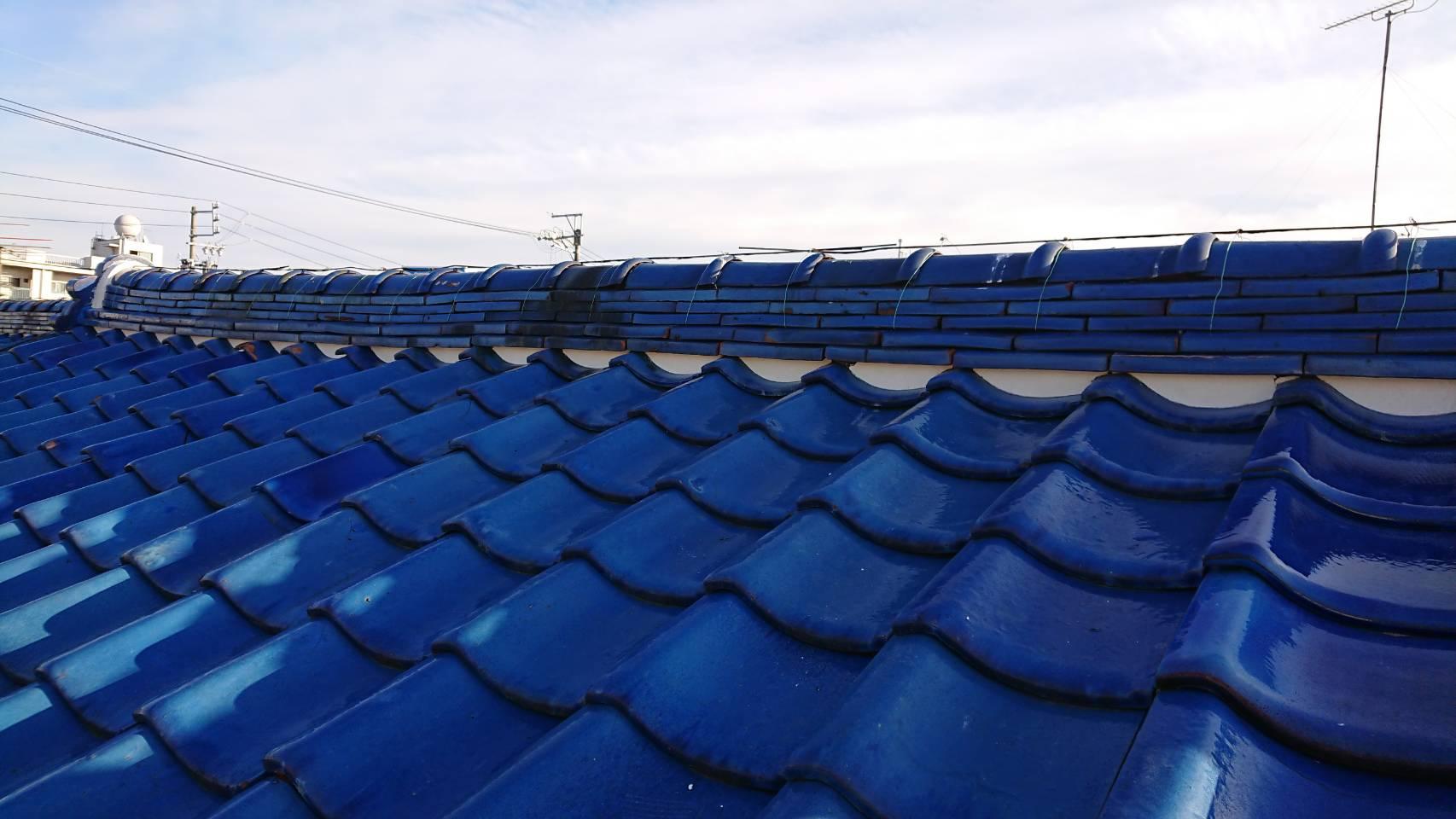 屋根漆喰下塗り
