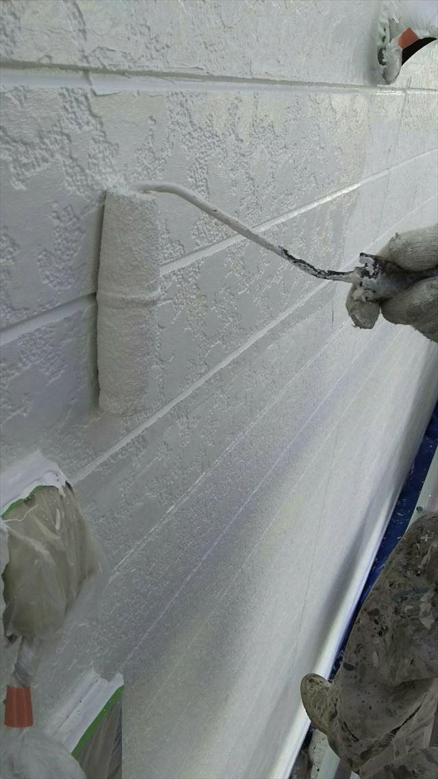 大垣市外壁下塗り