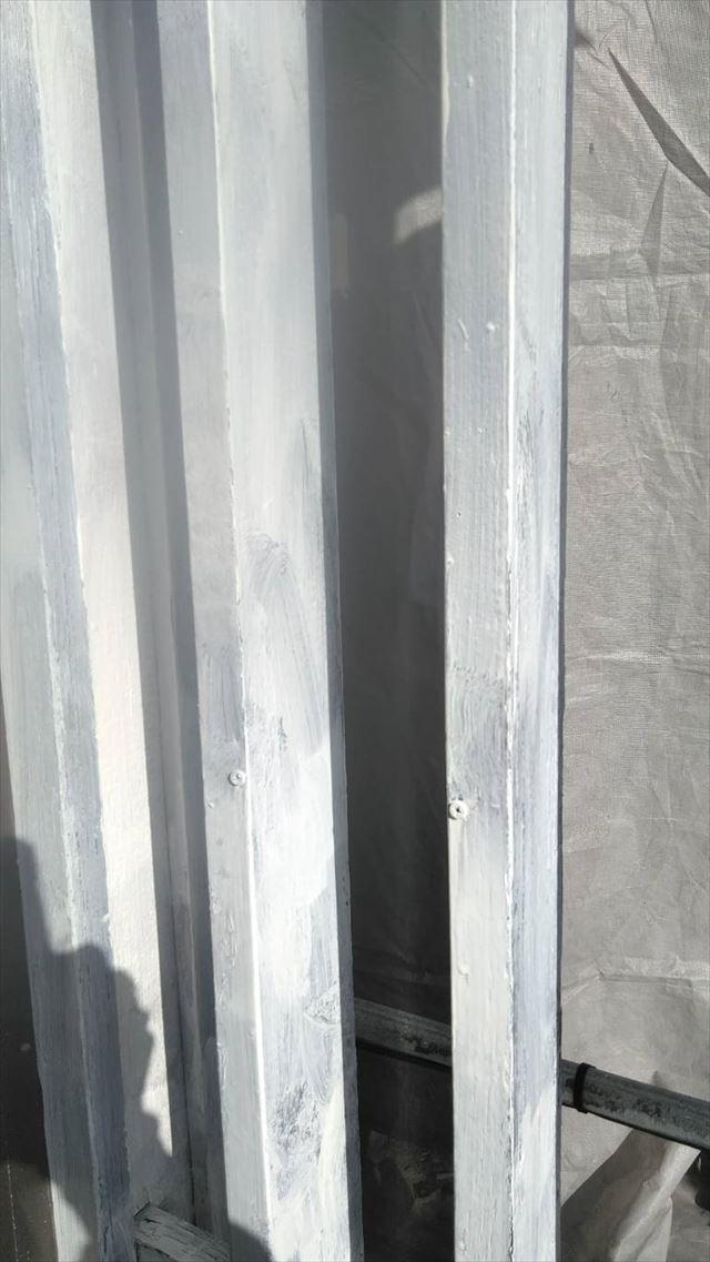 岐阜市玄関横の格子