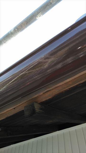 軒樋上塗り作業
