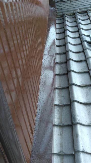 下屋根水切り作業