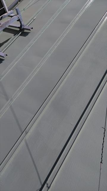 岐阜市屋根中塗り作業