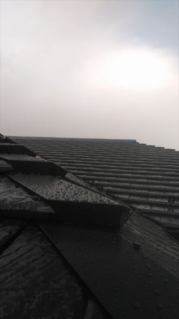 屋根棟金物
