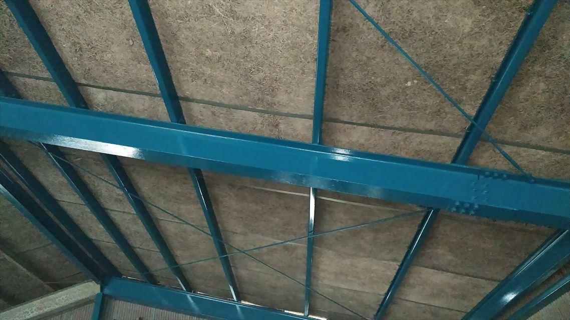 鉄部の上塗り作業