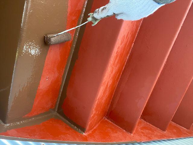 階段裏場中塗り作業